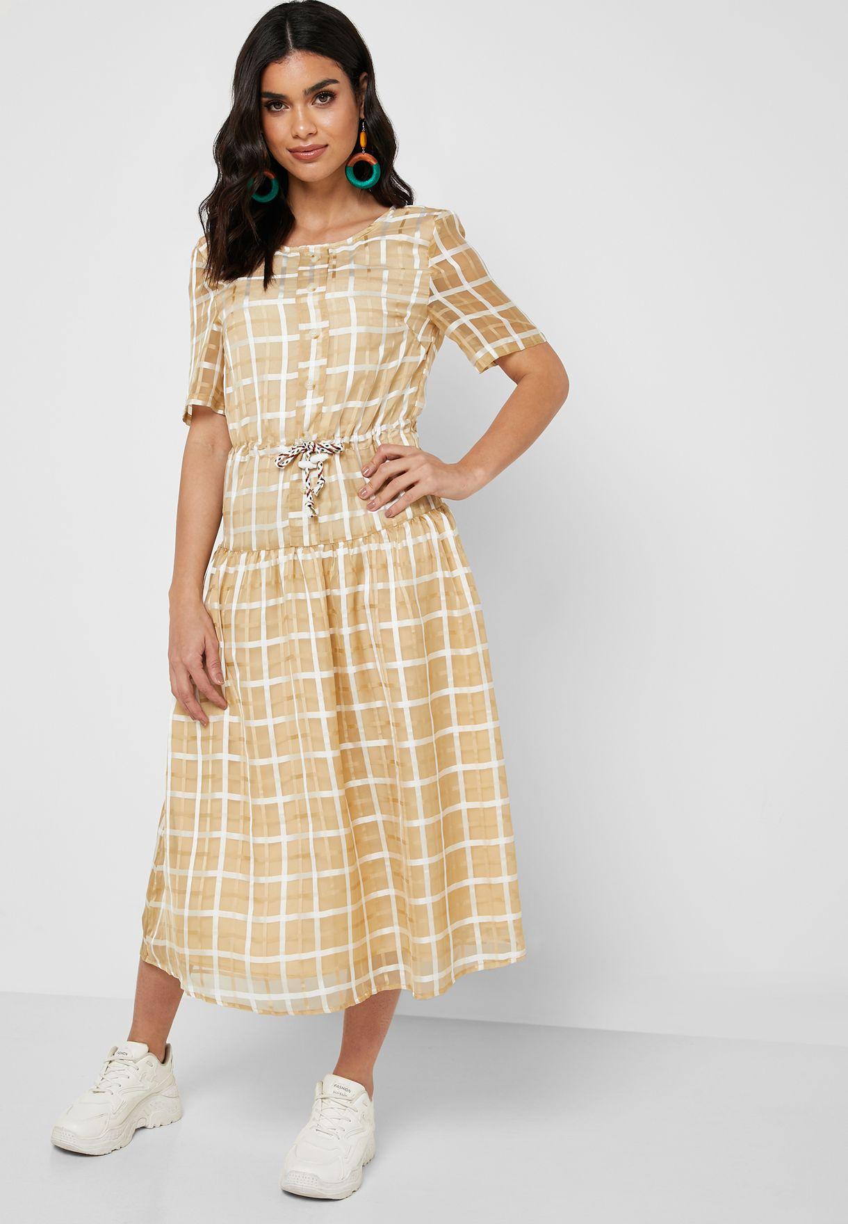 فستان ميدي بطبعات مربعات