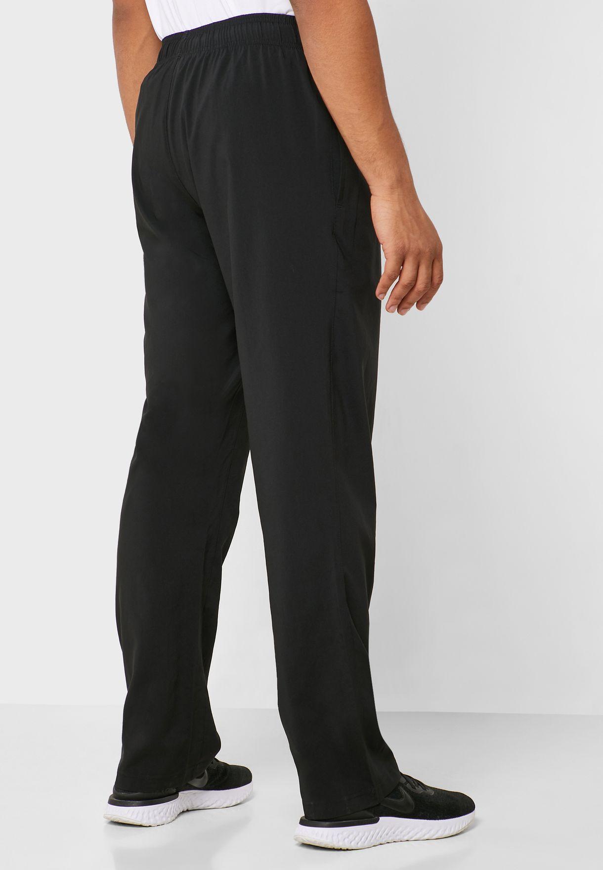 Training Essential Woven Sweatpants
