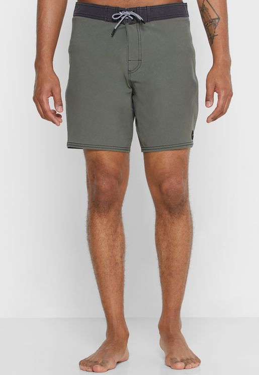 VA Trunk 17' Shorts