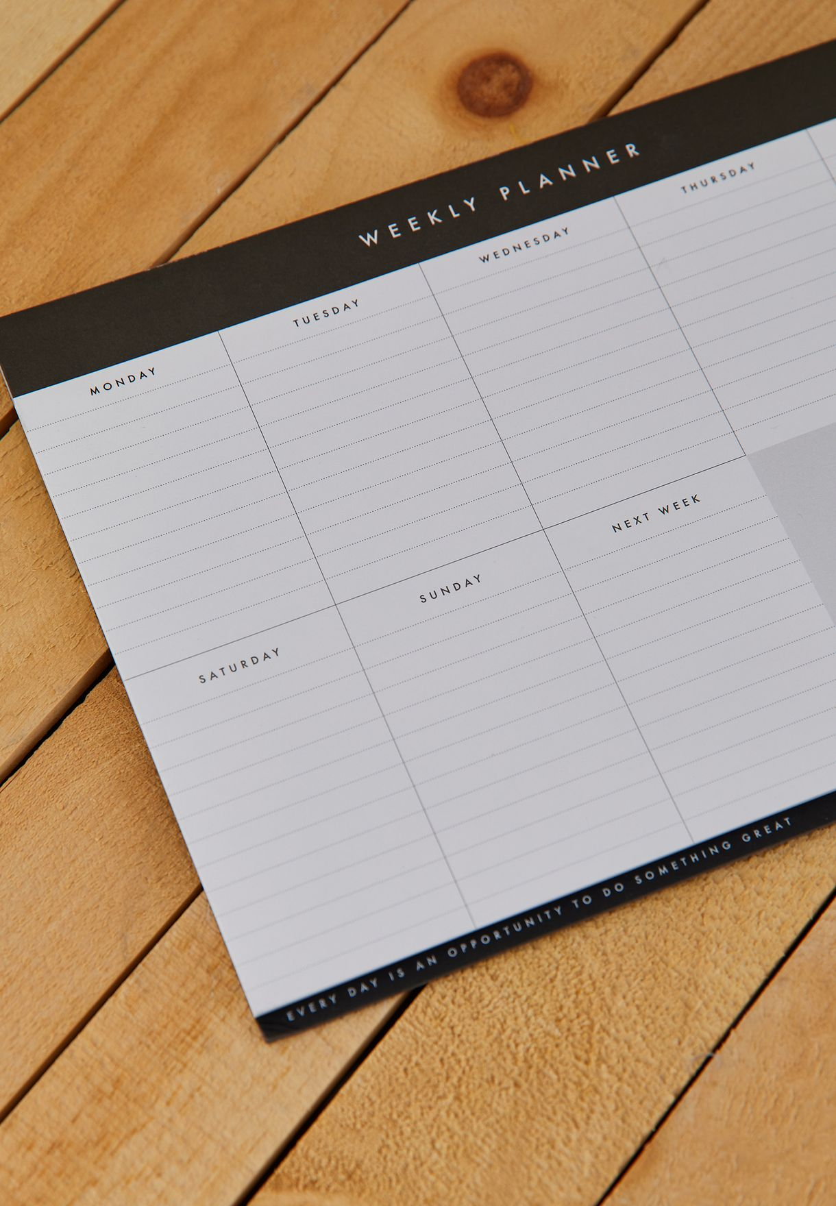 A4 Essential Weekly Planner