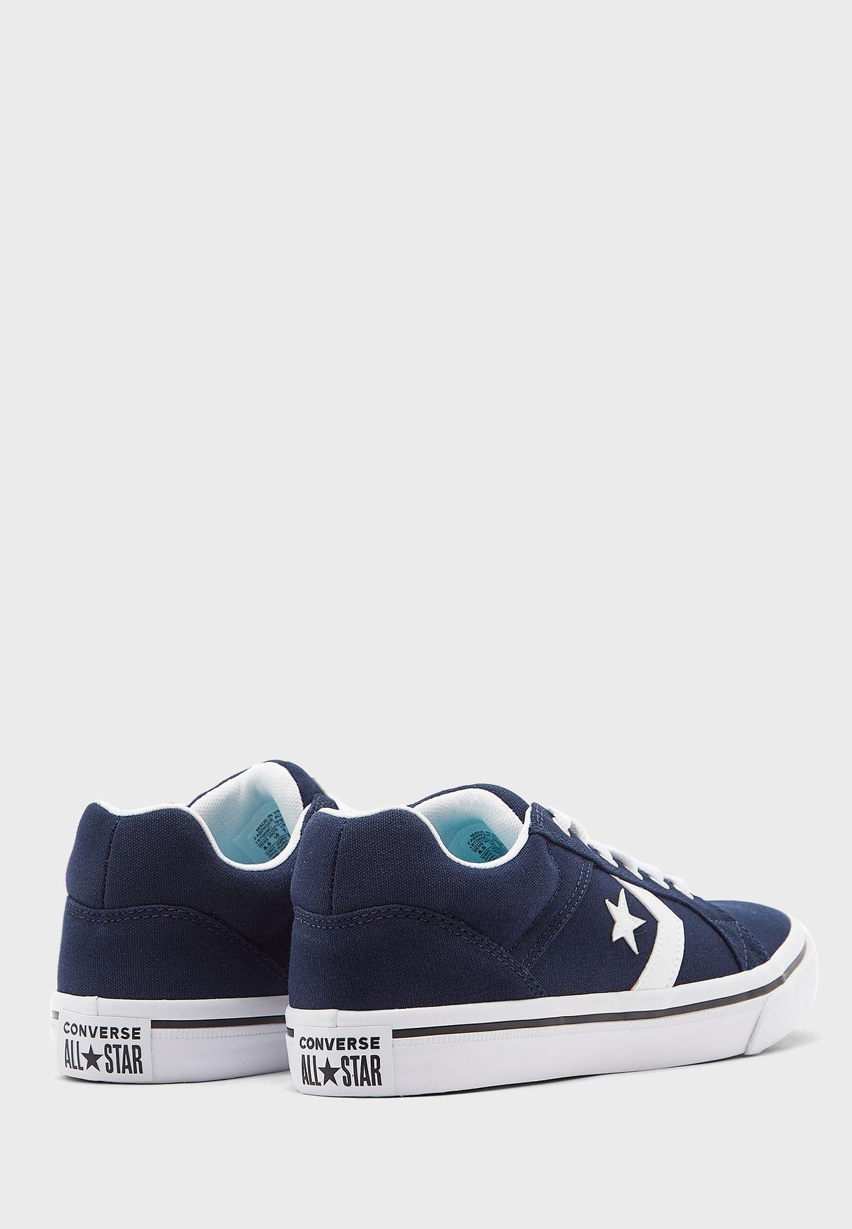 حذاء كونفرس الديستريتو 2.0