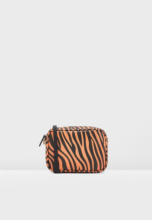 Camera Bag In Tiger Print