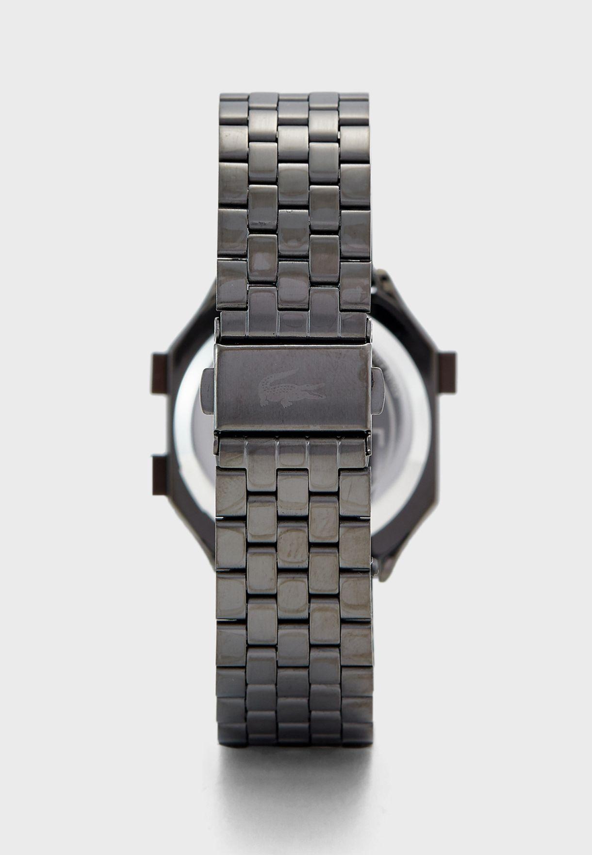 ساعة ديجيتال بخصائص كرونوغراف