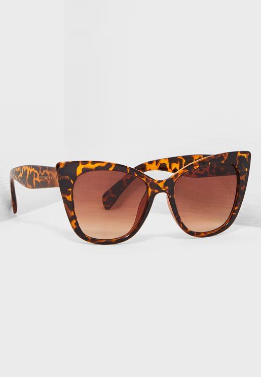 نظارة شمسية مطبعة بنمط عين القط