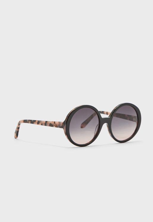 نظارة شمسية انيقة بأذرع مطبعة