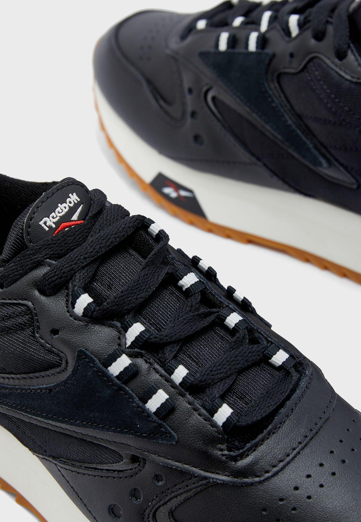 حذاء كلاسيك من مجموعة ريبوك زيغ كينيتيكا