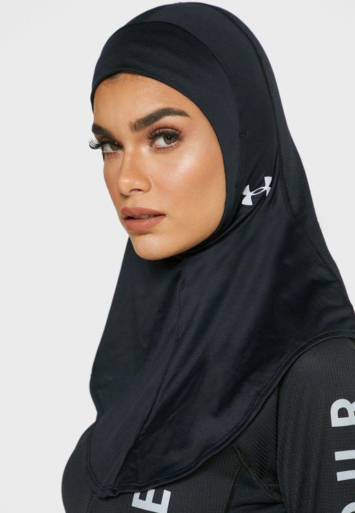 حجاب رياضي بشعار الماركة