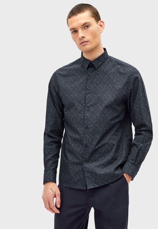 قميص بطبعات مجاميع نجمية