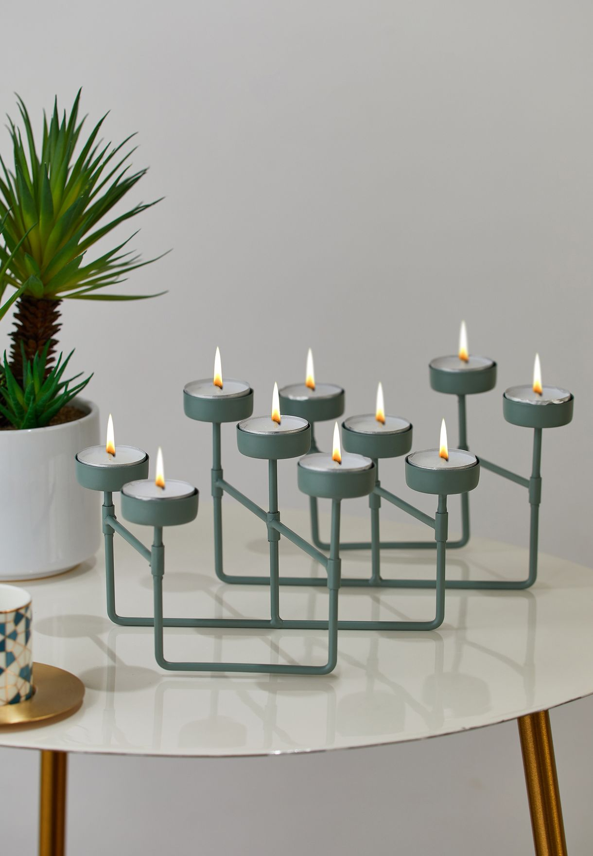Collapsible Tealight Holder