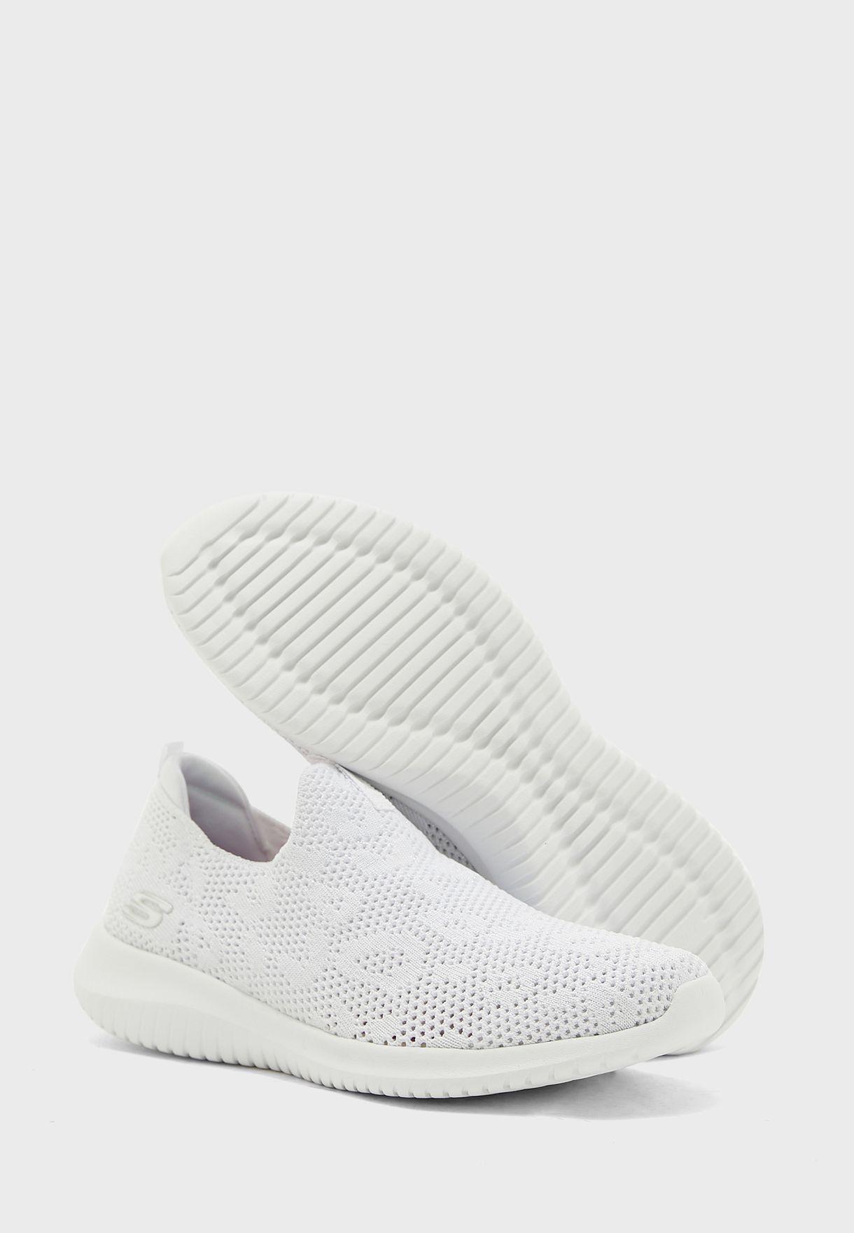 حذاء الترا فليكس