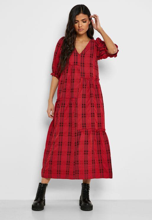 فستان بياقة V بطبعات مربعات