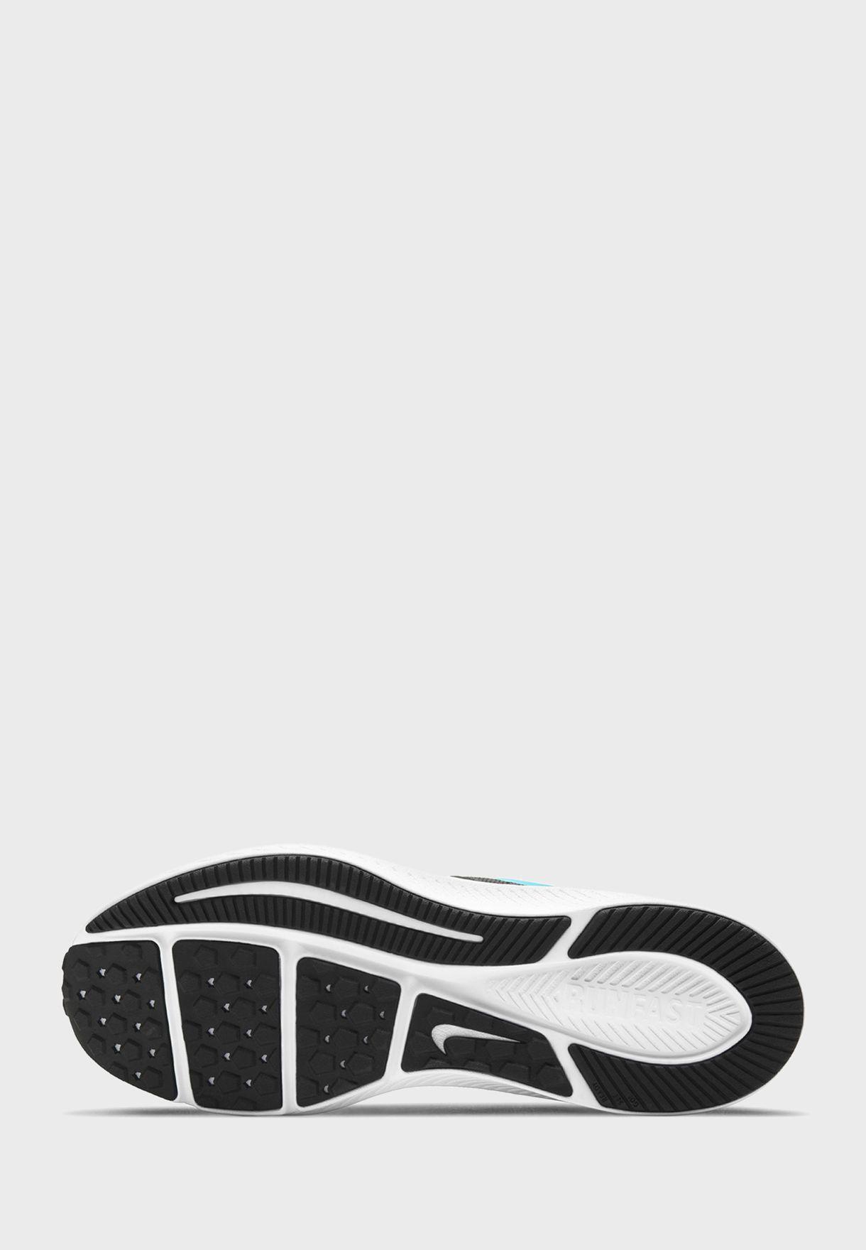 حذاء ستار رنر 2