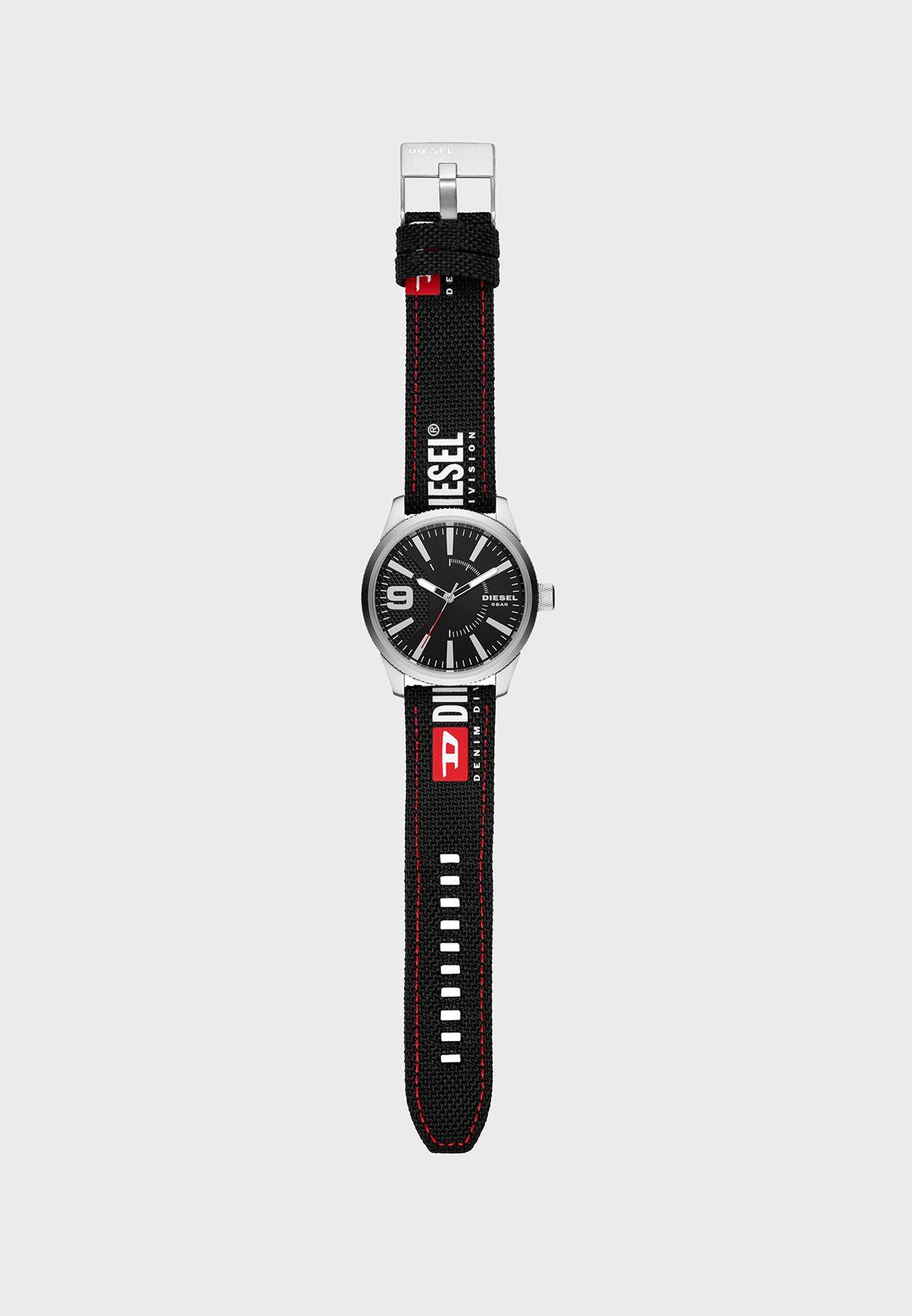 مجموعة من ساعة + 2 احزمة قابلة للتبديل