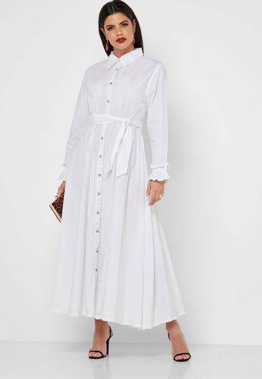 فستان بأربطة وازرار امامية