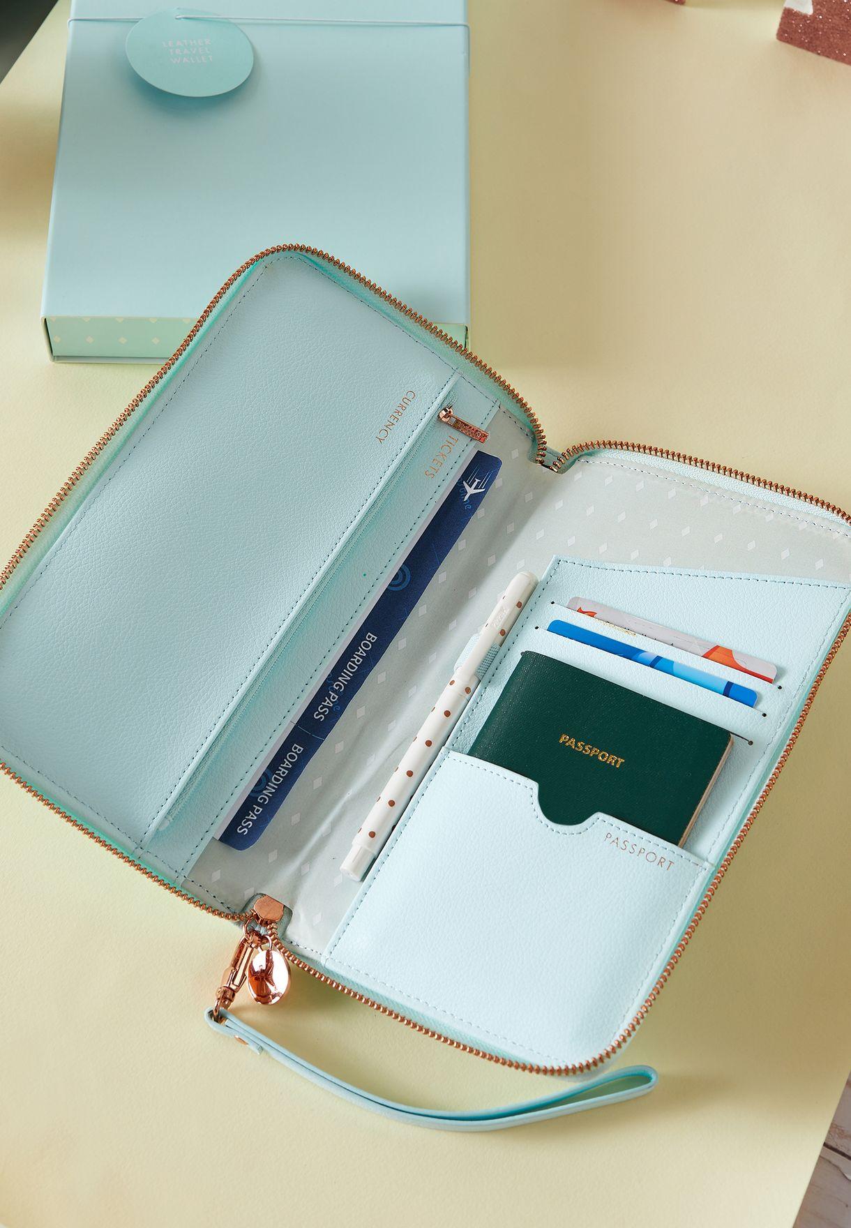 Mint Travel Wallet