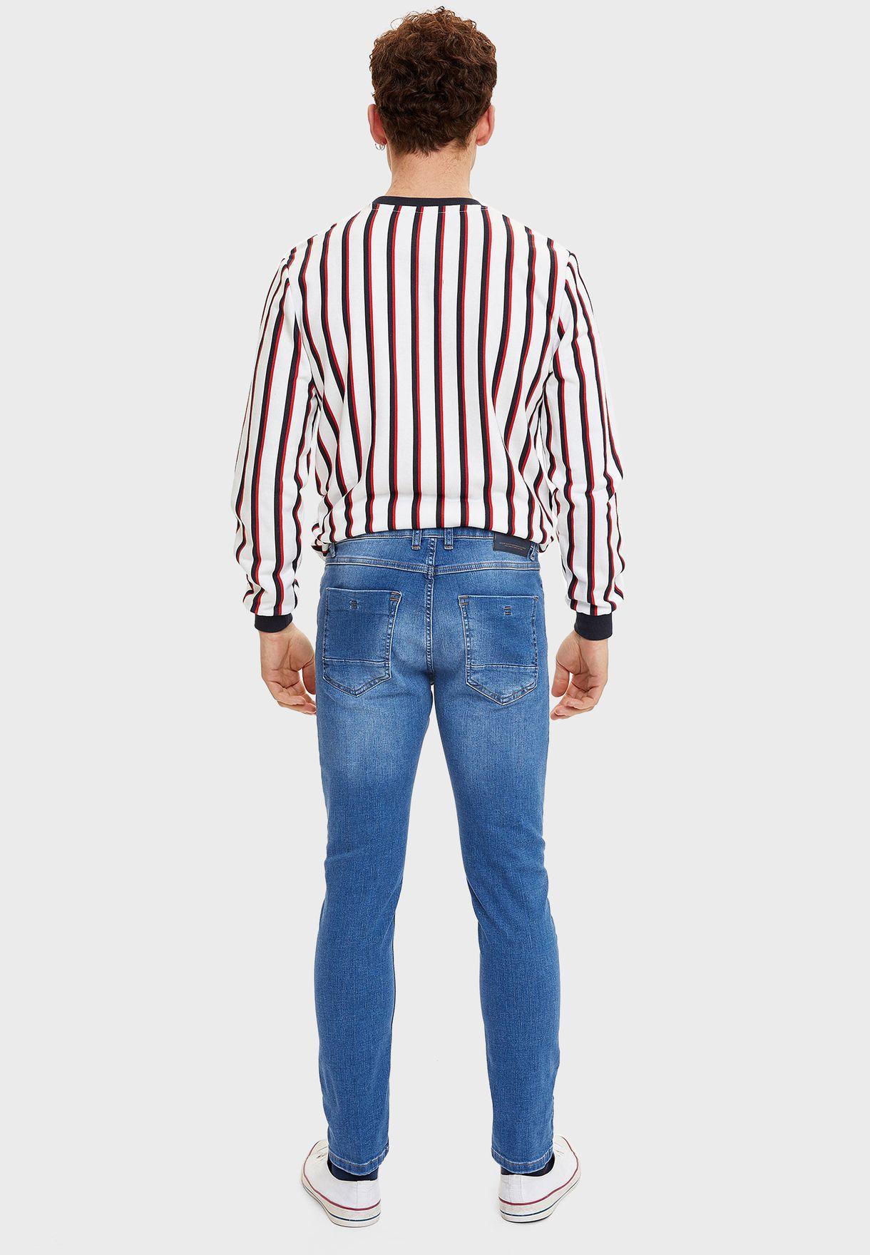 Distressed Super Skinny Fit Jeans