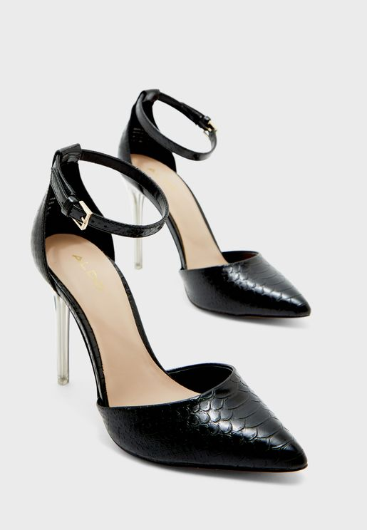حذاء بكعب عالي وسير على الكاحل