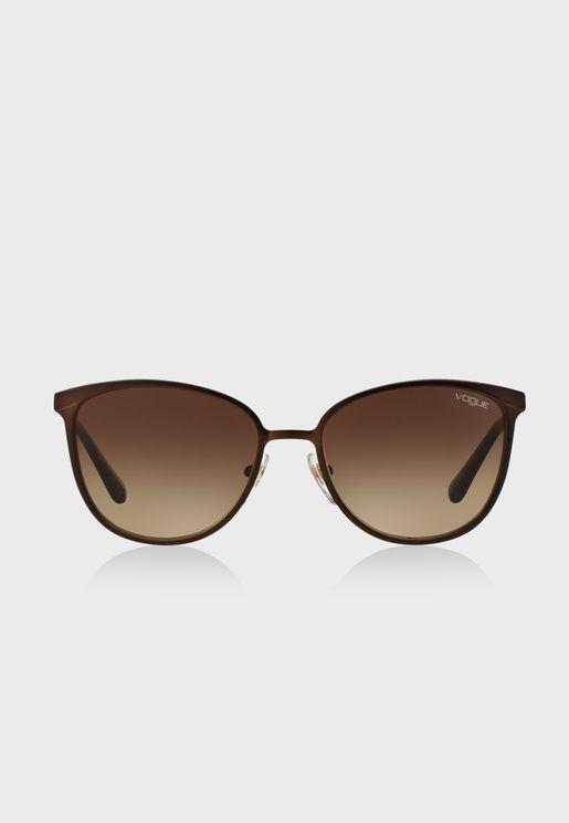 نظارة شمسية باذرع رفيعة