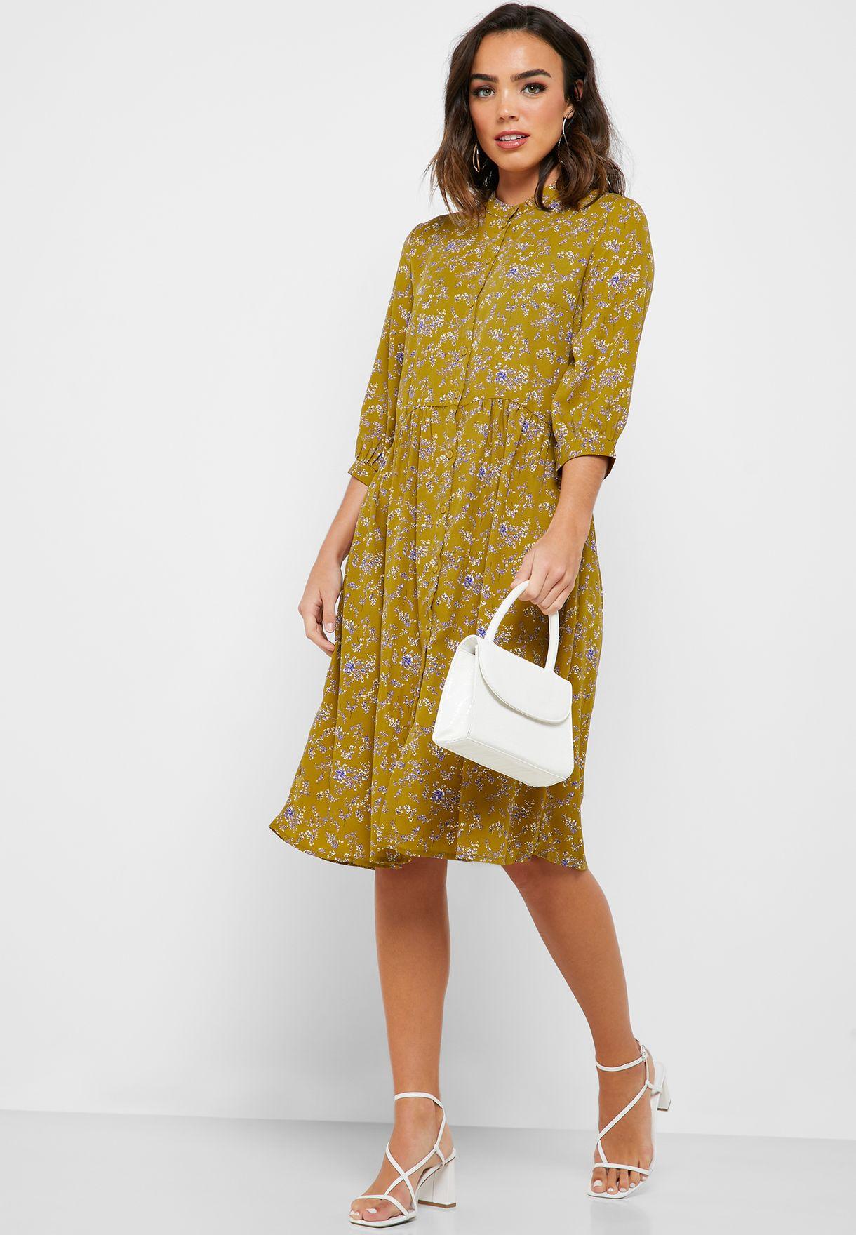 فستان بنمط قميص مطبع