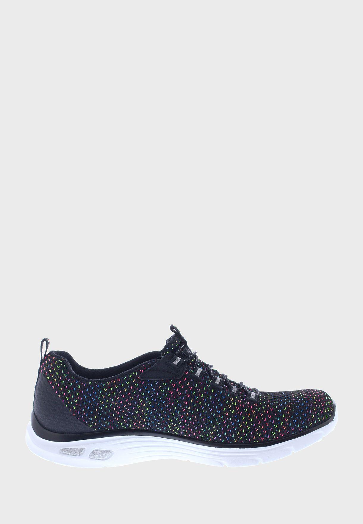 حذاء امباير دي لوكس