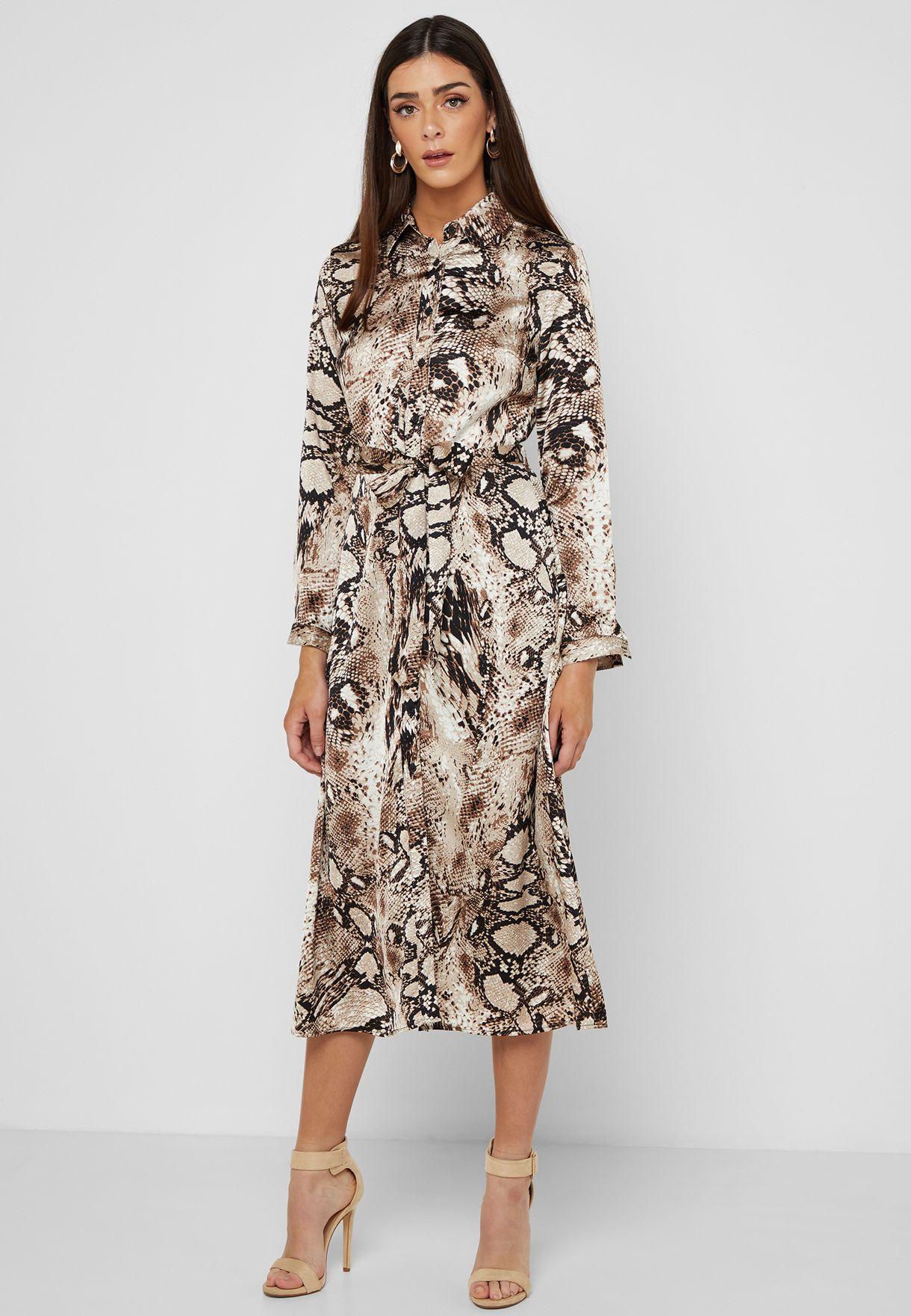2cbf2b9bf864 Shop Quiz prints Snake Print Maxi Shirt Dress 100018350 for Women in ...