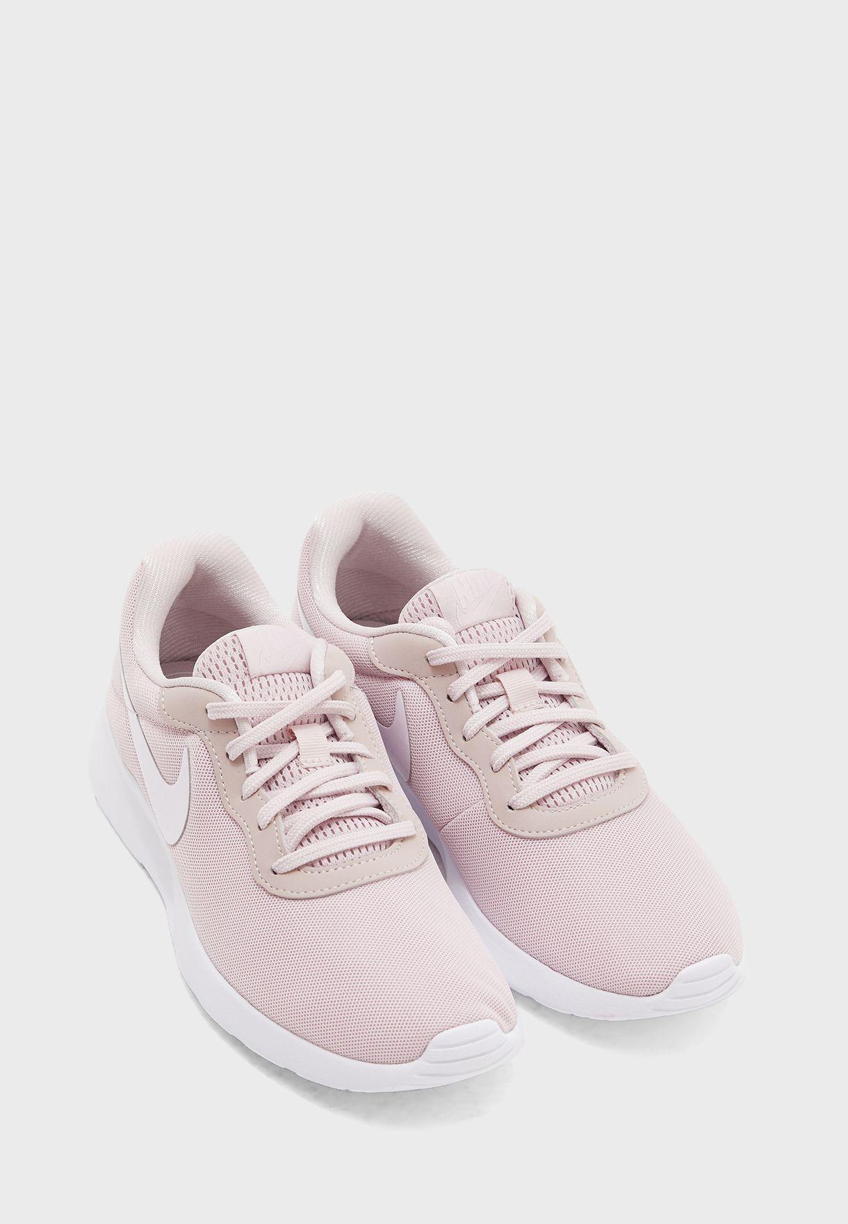 حذاء تانجن