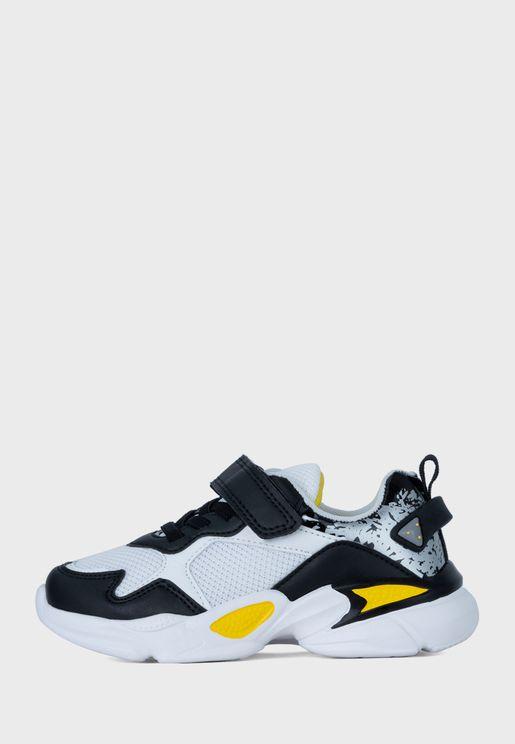 حذاء سنيكرز جون