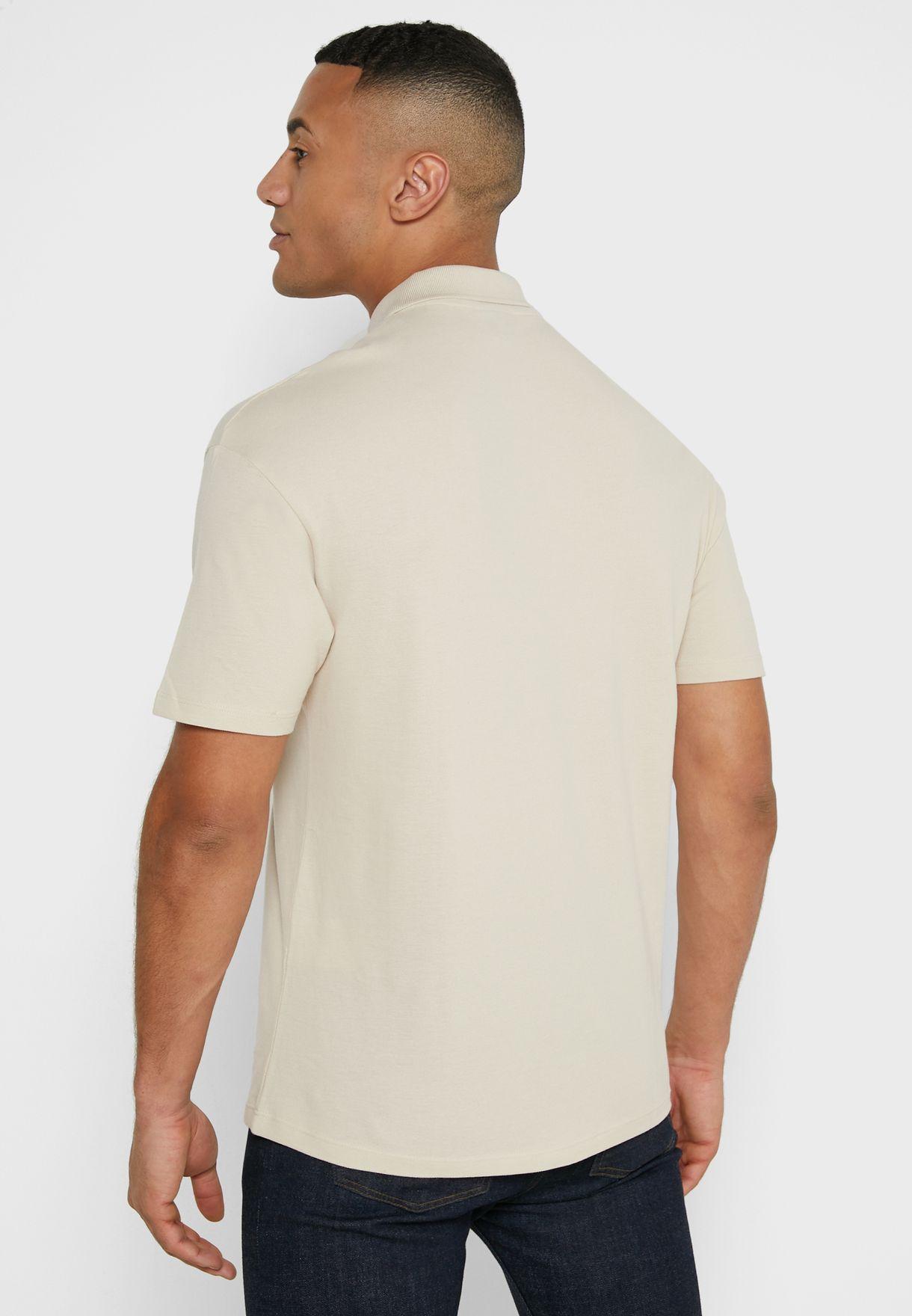 قميص بولو بجيب جانبي