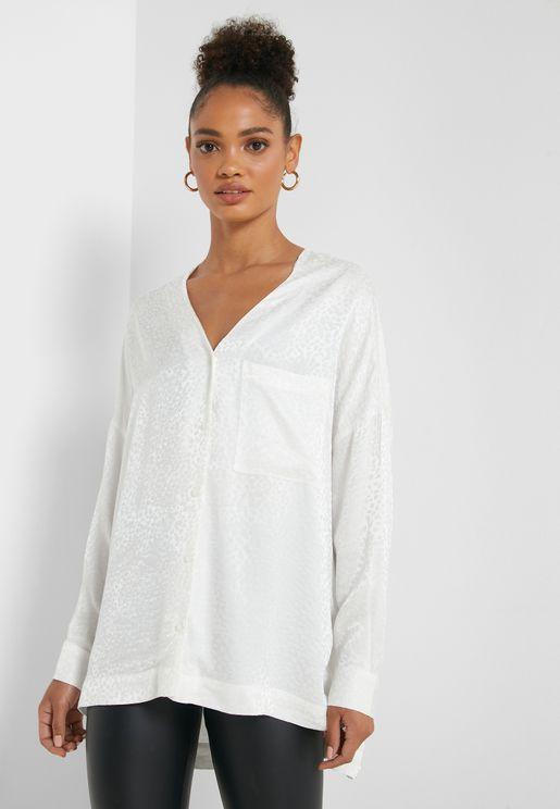 قميص واسع متباين الطول