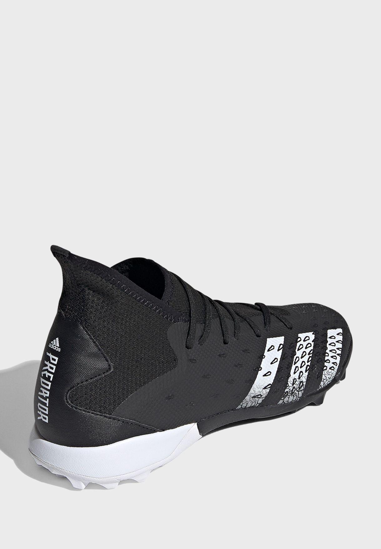 حذاء بريداتور فريك 3 تيرف
