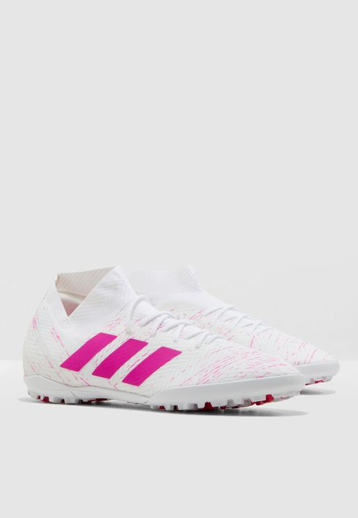 e12d8002941 Football Shoes - Soccer Shoes Online Shopping at Namshi in Saudi