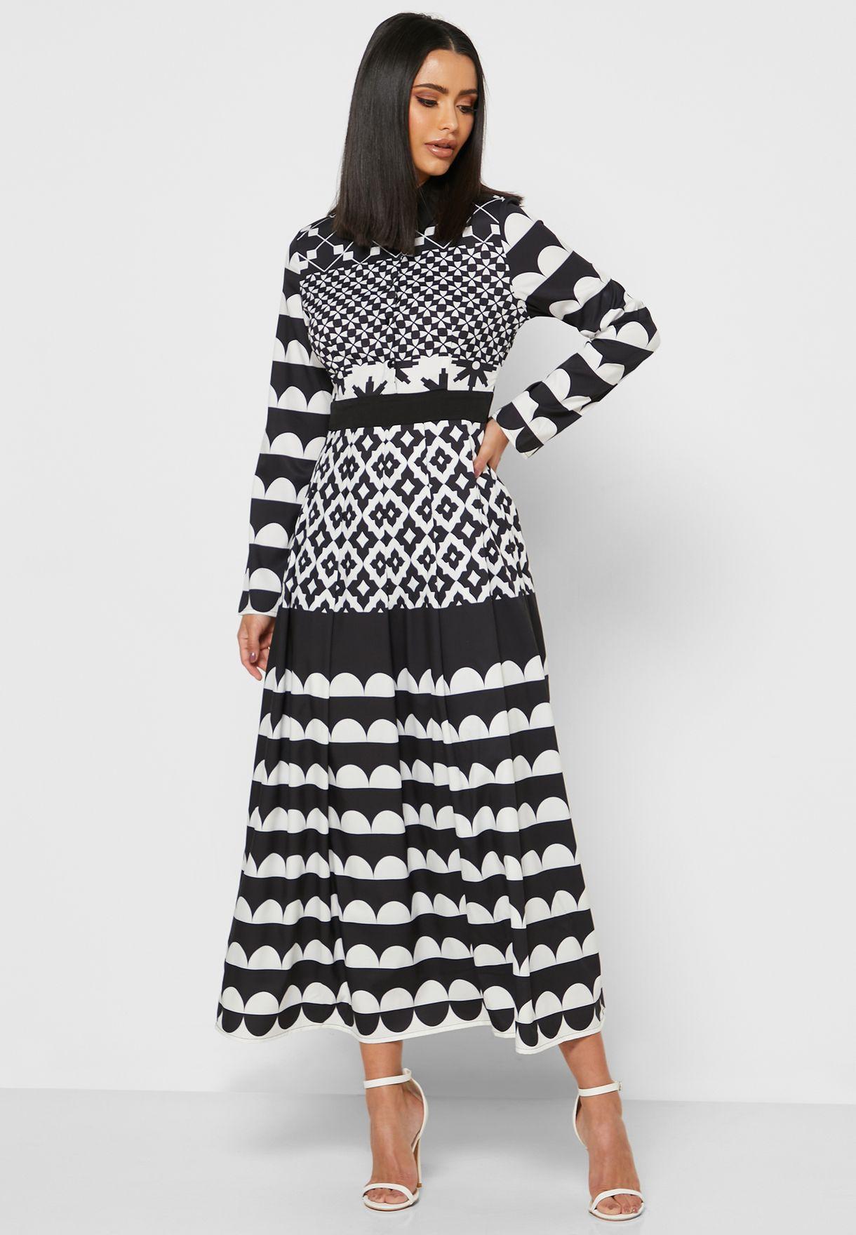 فستان ميدي بطبعات ديجيتال