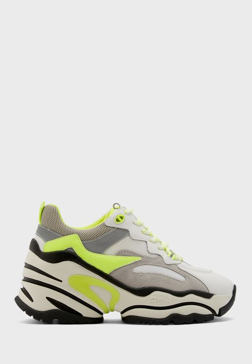 Blast Low Top Sneaker