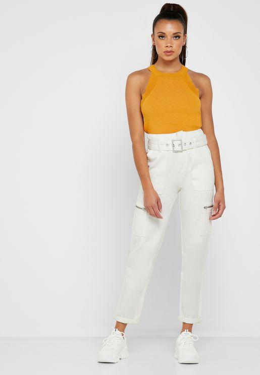 بنطال جينز بحزام خصر