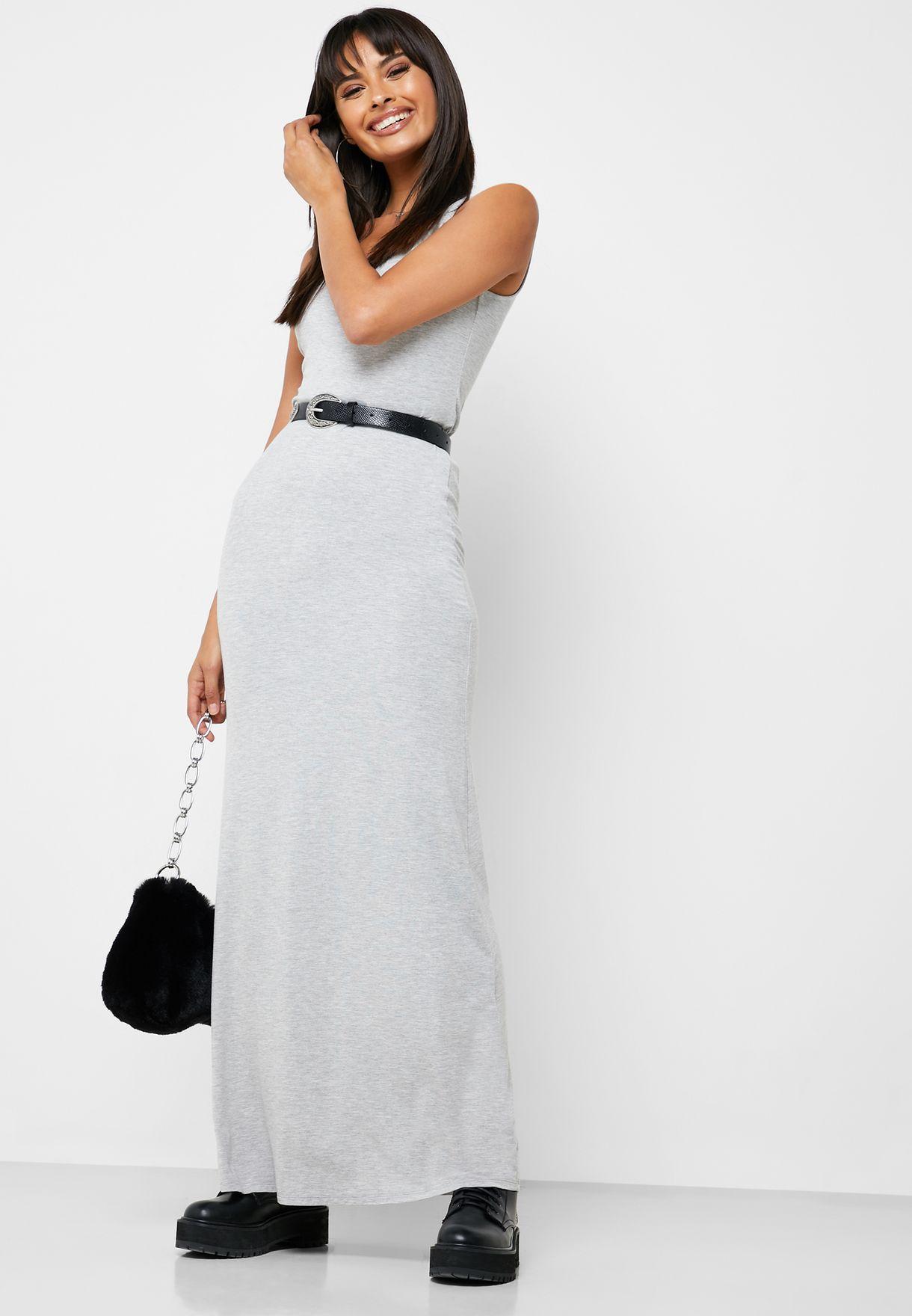 فستان مزين باقواس صغيرة