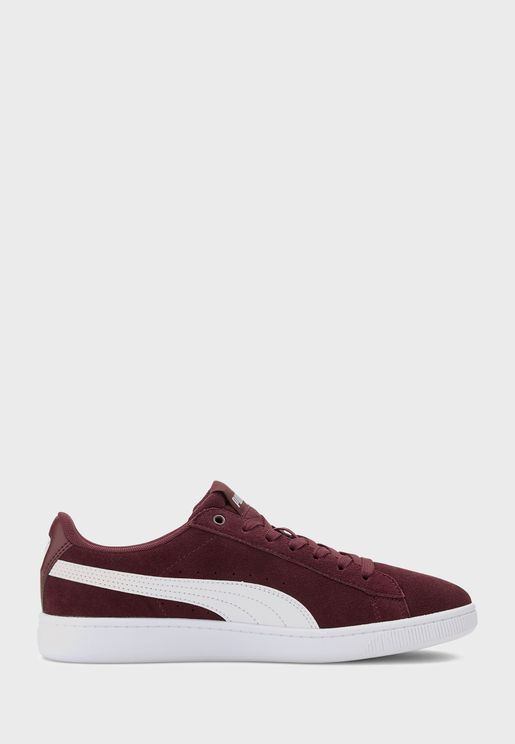 حذاء فيكي في2