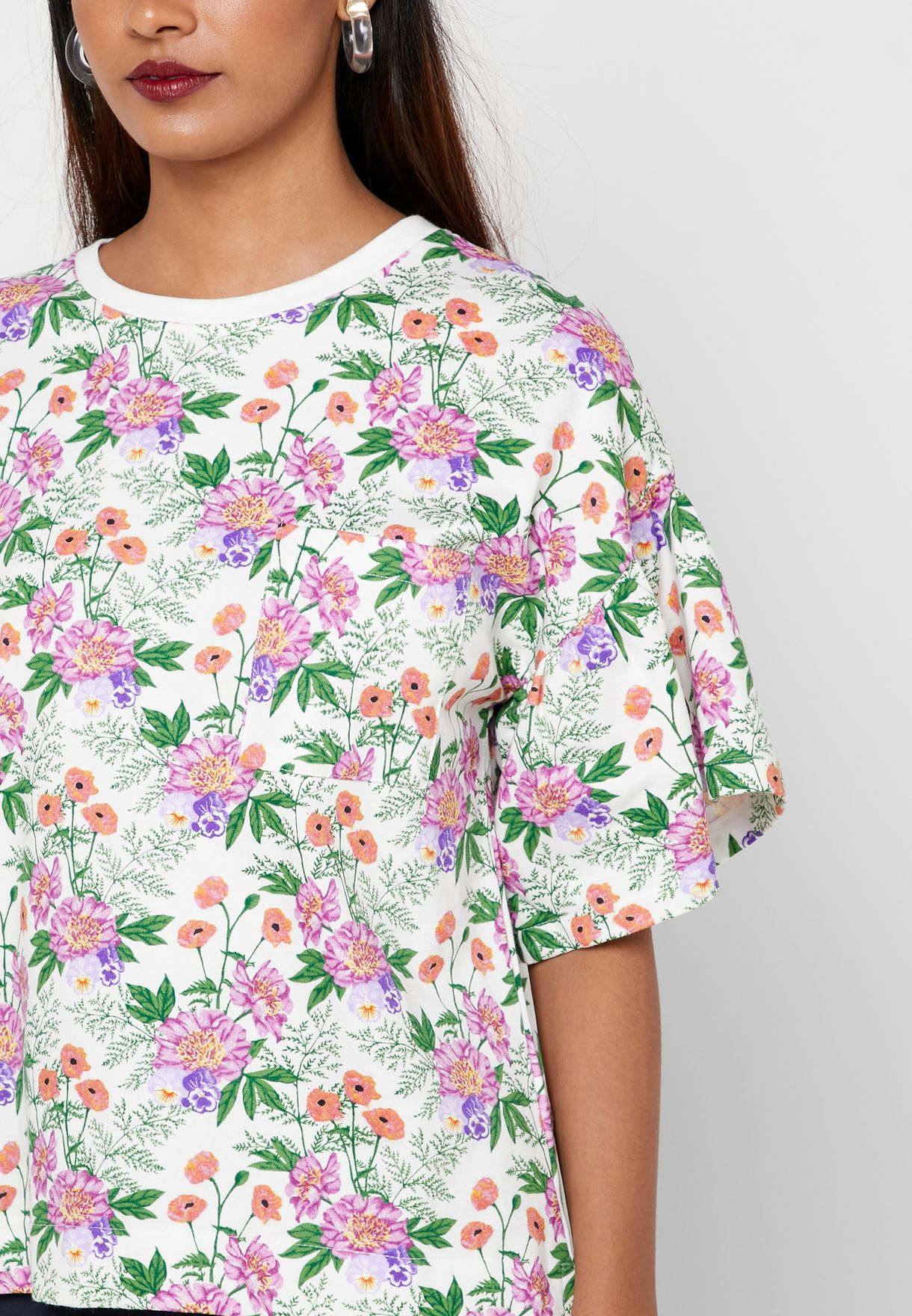 Wide Sleeve Floral Printed T-Shirt