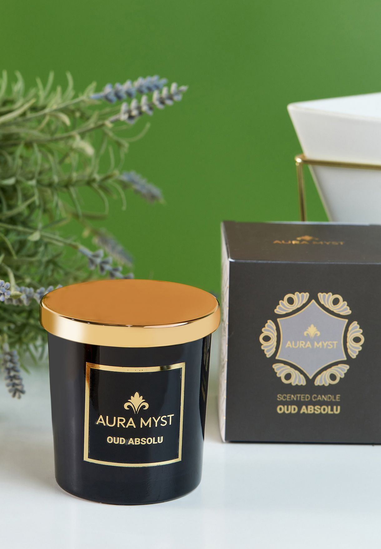 Black Glass Jar Candle With Gold Lid Oud Absolu