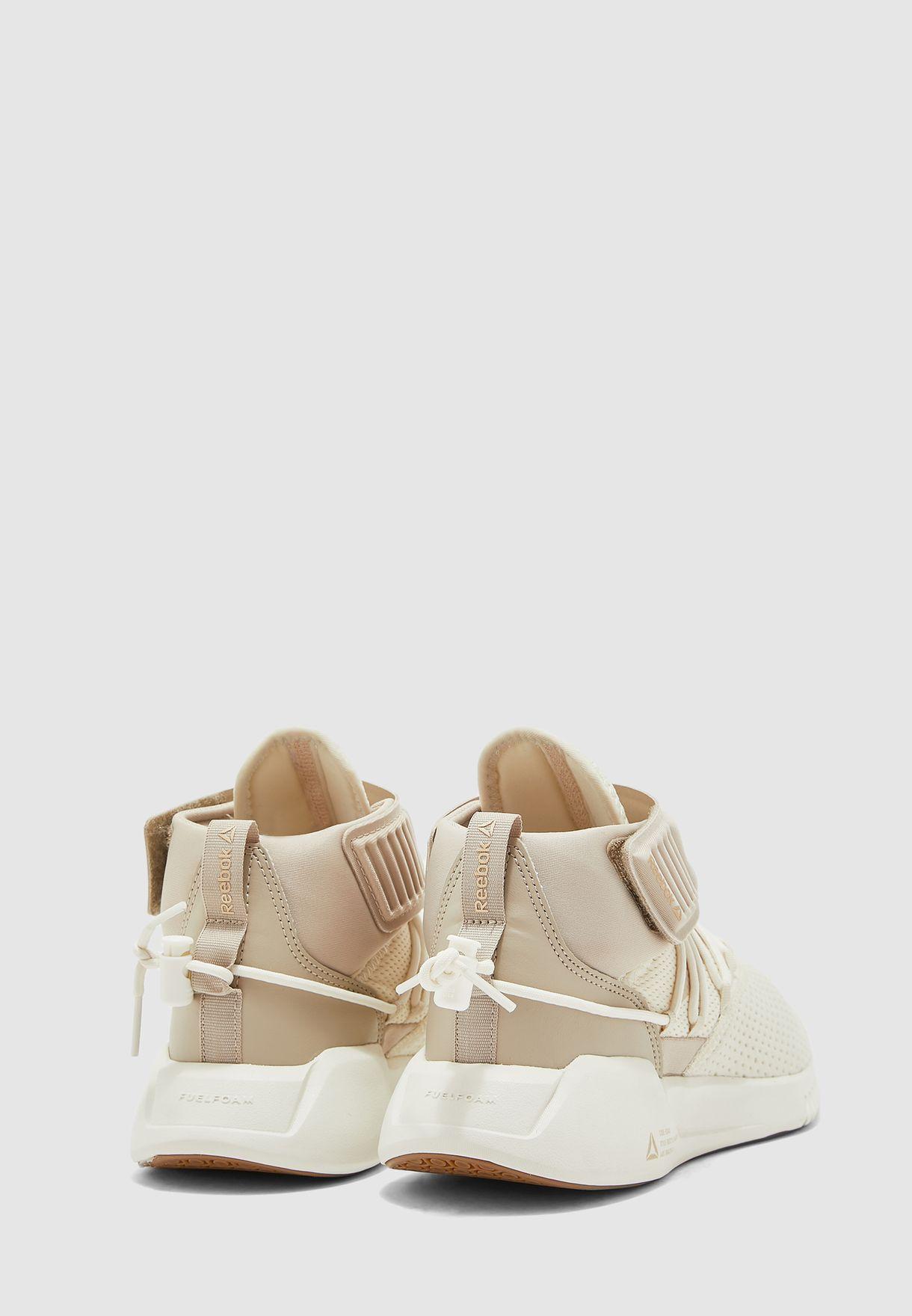 حذاء فري ستايل موشين