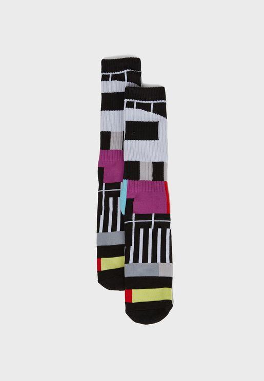 جوارب بالوان متعددة