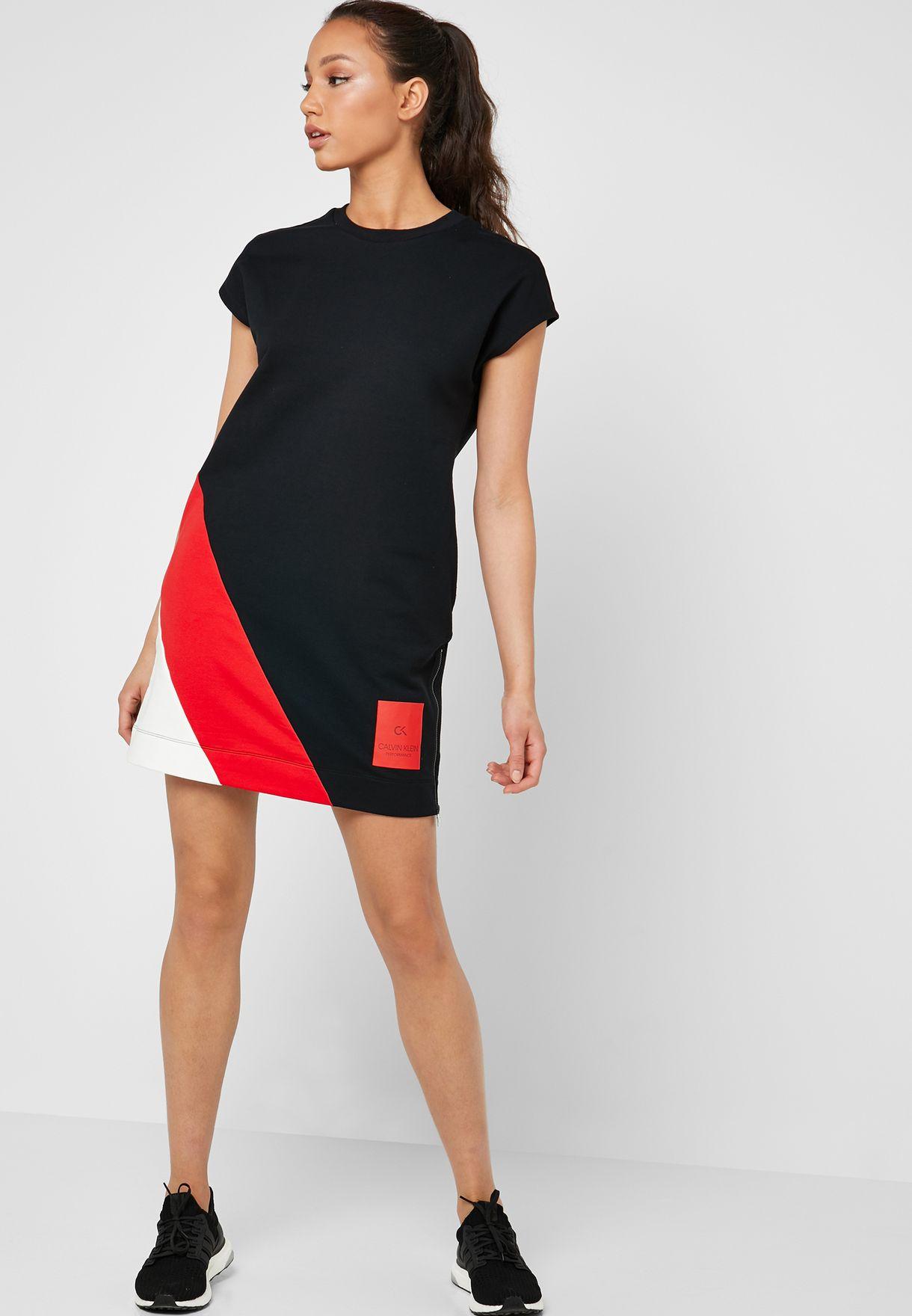 فستان باكمام قصيرة