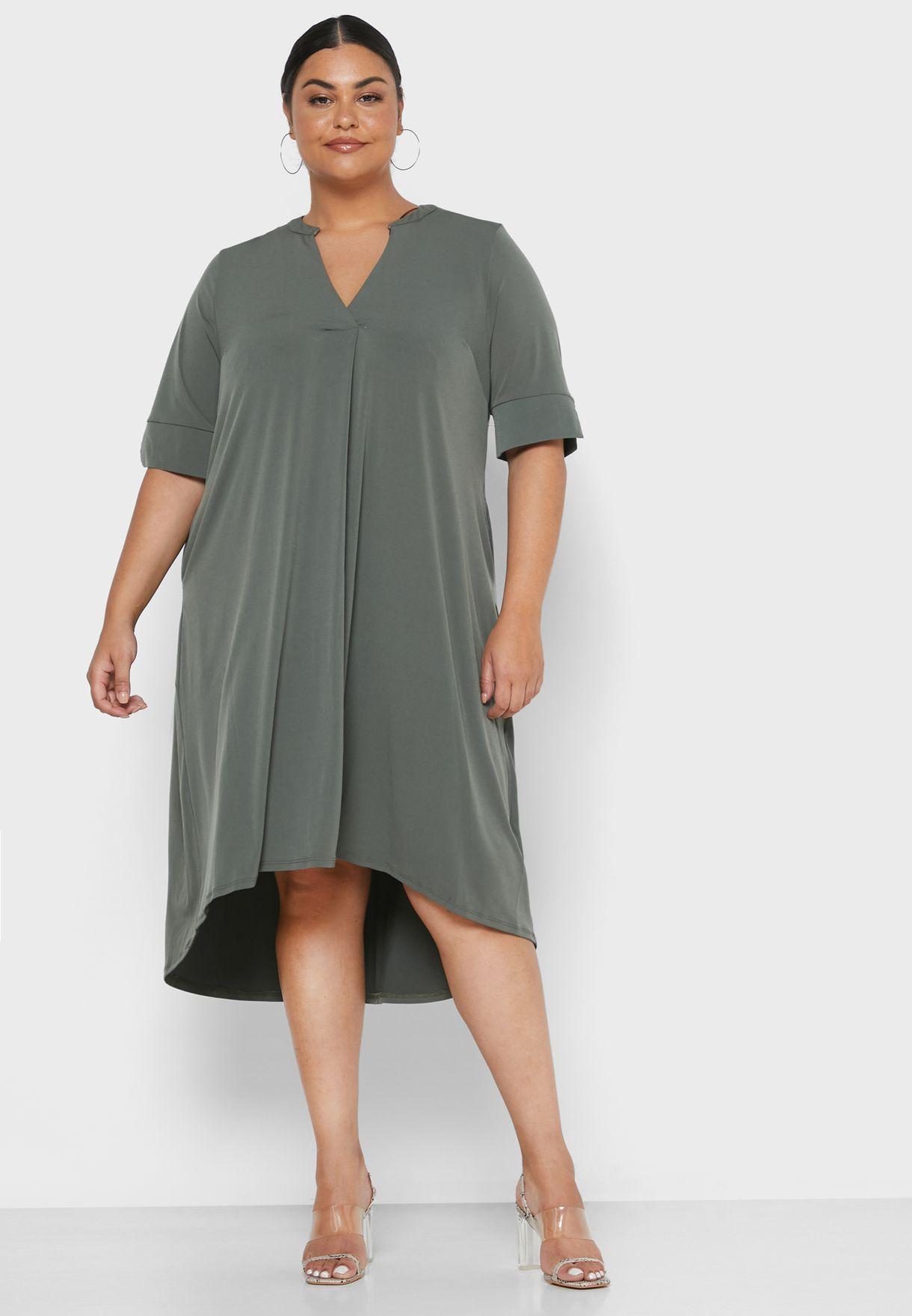 فستان بجيوب جانبية
