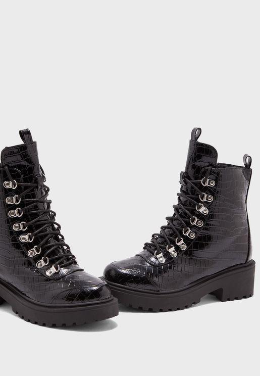 Nyla Flat Boot
