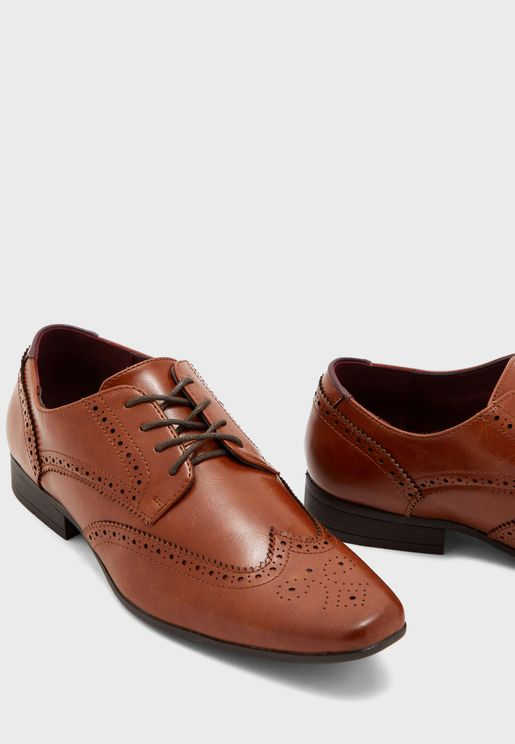 Redford Brogue Lace ups