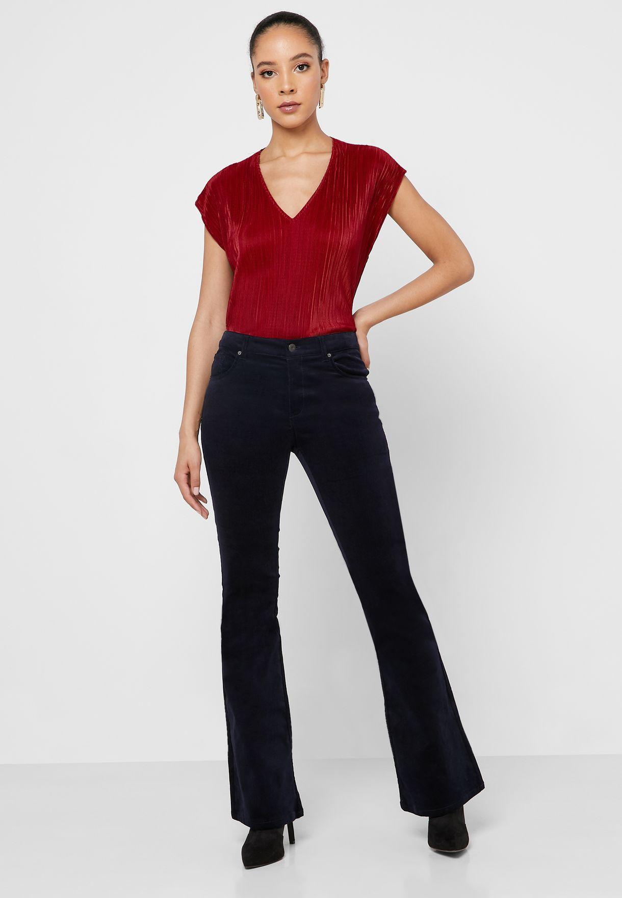 V- Neck Plisse T-Shirt