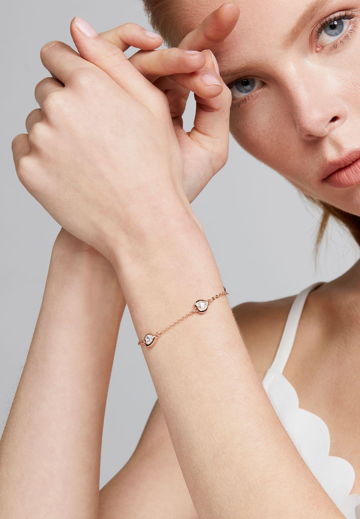 Heniee Crystal Heart Bracelet