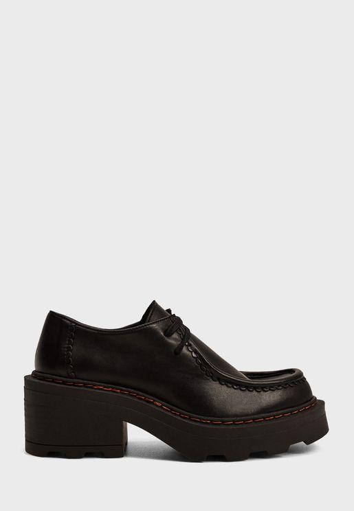 حذاء كاجوال بكعب سميك