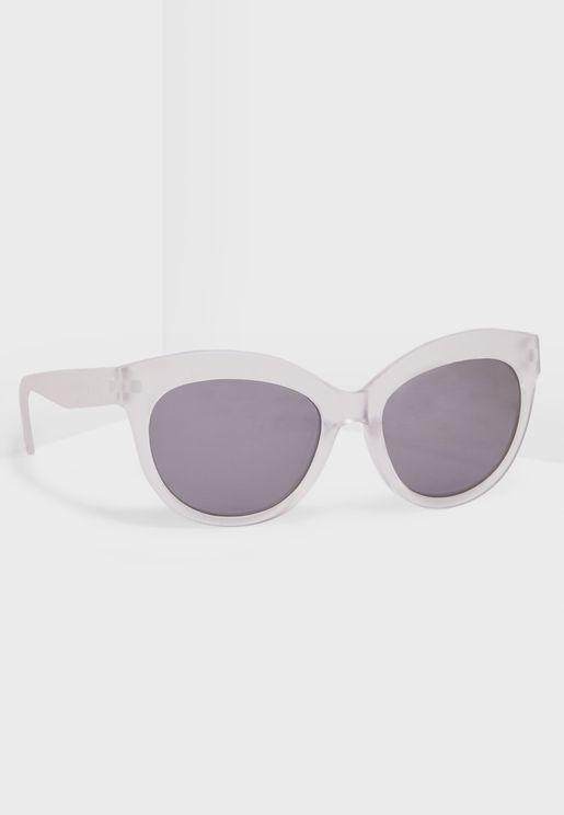 نظارة شمسية بتصميم عين قط للاطفال