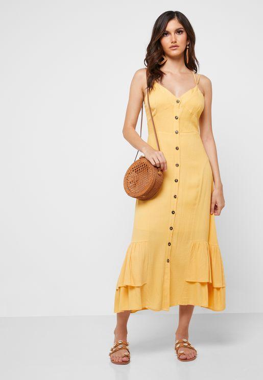 فستان بحمالات وحافة كشكش