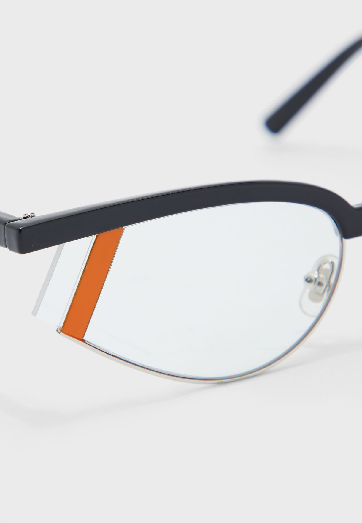 Cateye Sunglasses With Strip Lens Detail